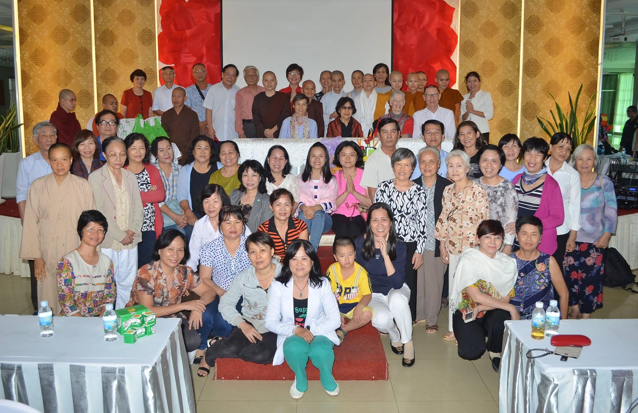 Pics - Phap dam 4.2016 - 23